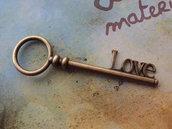 "Charm chiave ""love"""