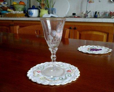 Sotto bicchieri ricamati