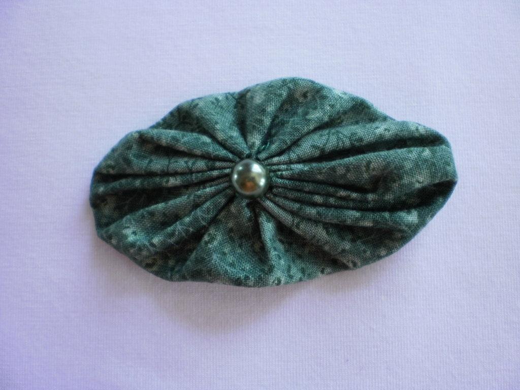 Yo-yo ovale di stoffa color verde