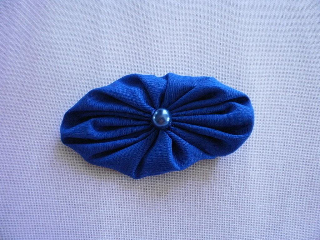 Yo-yo ovale di stoffa color azzurro