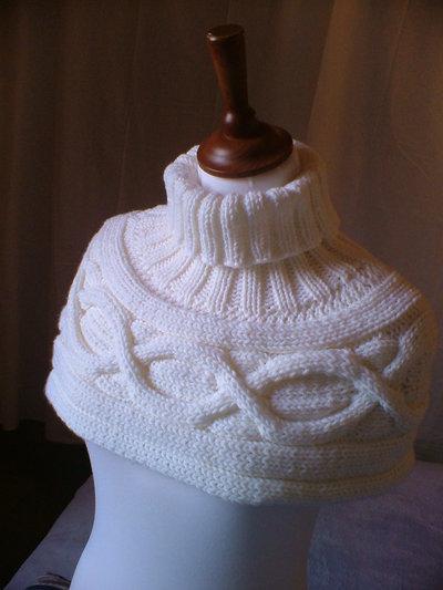 Scarf-Shrug-Neck-Shoulder-Warmer- Capelet-Mangolia-White