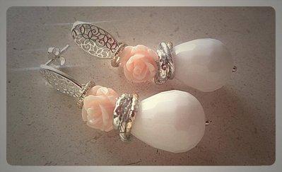 orecchino agata bianca e perno in filigrana d argento 925