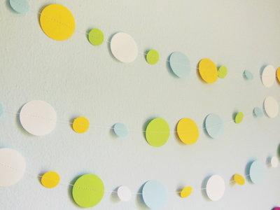 (3m) Ghirlanda di cerchi di cartoncino colorati