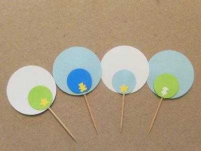 20 Cupcake-Topper personalizzabili: stuzzicadenti 'Nascita' sui toni dell'azzurro diversi tra loro