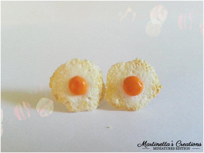 Orecchini uova fritte in fimo