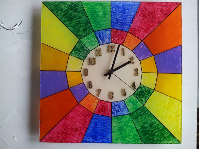 orologio dipinto su vetro