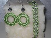 Bracciale e orecchino colore verde smeraldo...