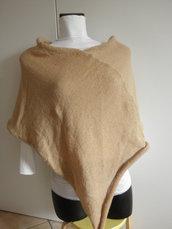 Poncho beige crema,misto lana,poncho donna,maglieria