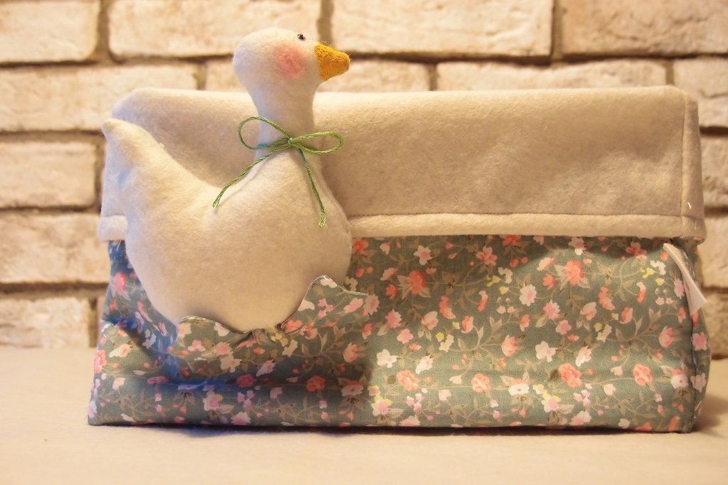 Basket contenitore porta oggetti feltro e stoffa decoro Ochetta