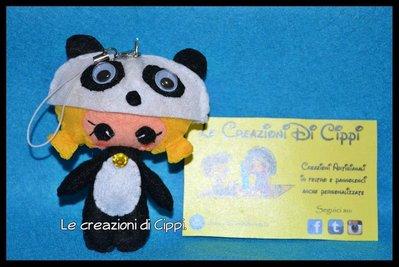 Ciondolo portachiavi in pannolenci Pupattola Fiabesca Panda fatto a mano.