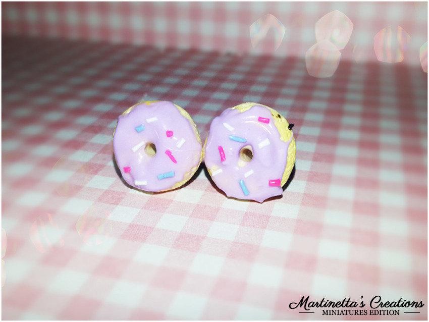 Orecchini mini ciambelline/ donuts colorate in fimo