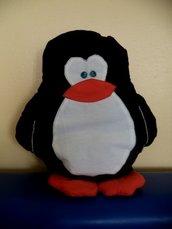 """Cuscino """"Pinguino"""" porta pigiama"""