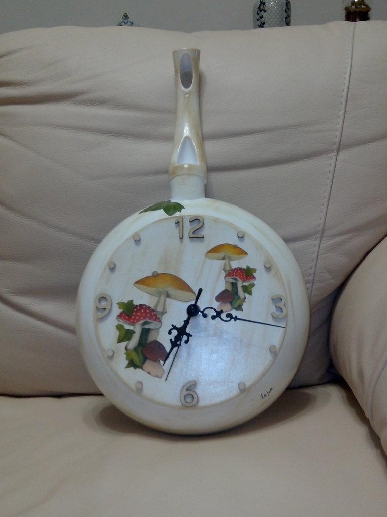 orologio cucina padella