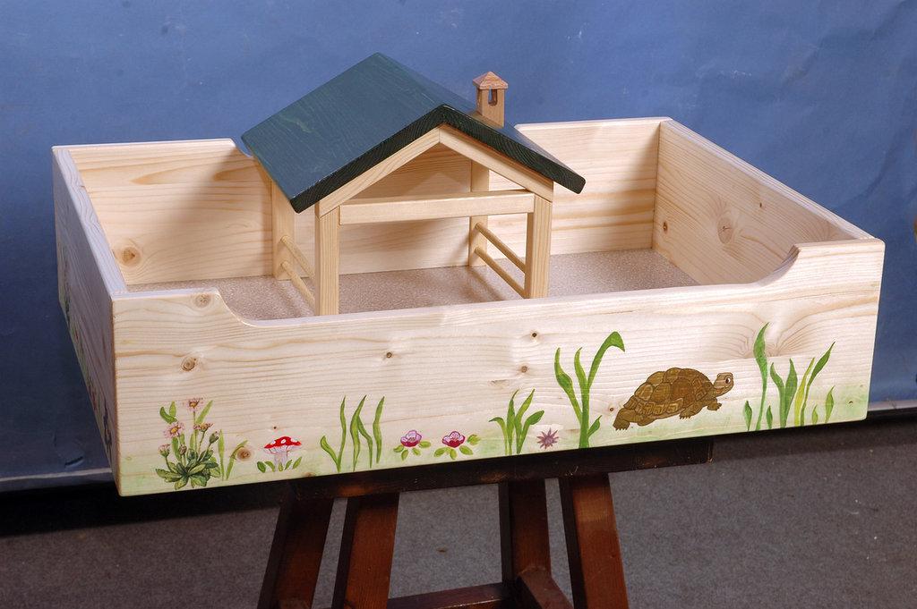 Terrario in legno per tartarughe terrestri per la casa e for Terrario per tartarughe acquatiche