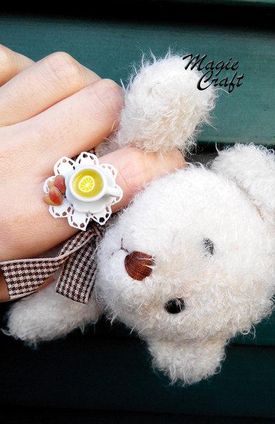 Anello Tazzina di Tè con biscotti a forma di cuore in Fimo