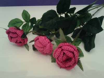 rosa uncinetto gambo lungo