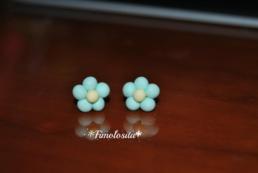 Orecchini con mini margherite in Fimo (SOLO SU RICHIESTA)
