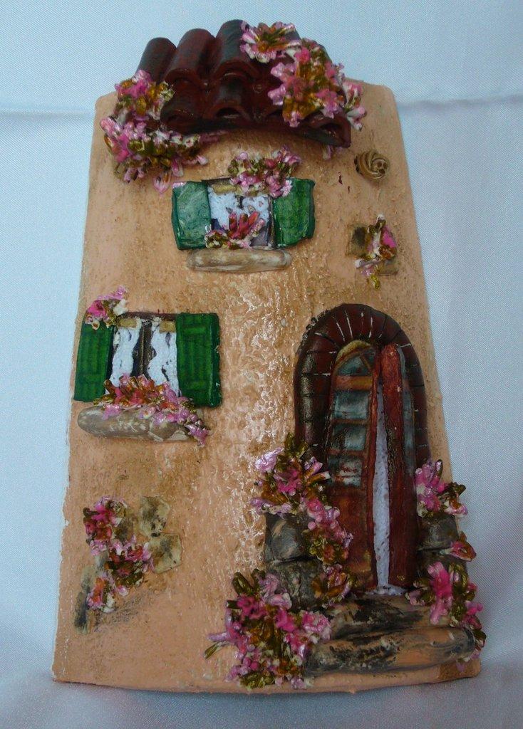 Piccola Tegola Casetta Antica Fiori Rosa, coppo