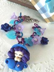 Bracciale folletta blu notturna  di primavera in fimo rose e plastica