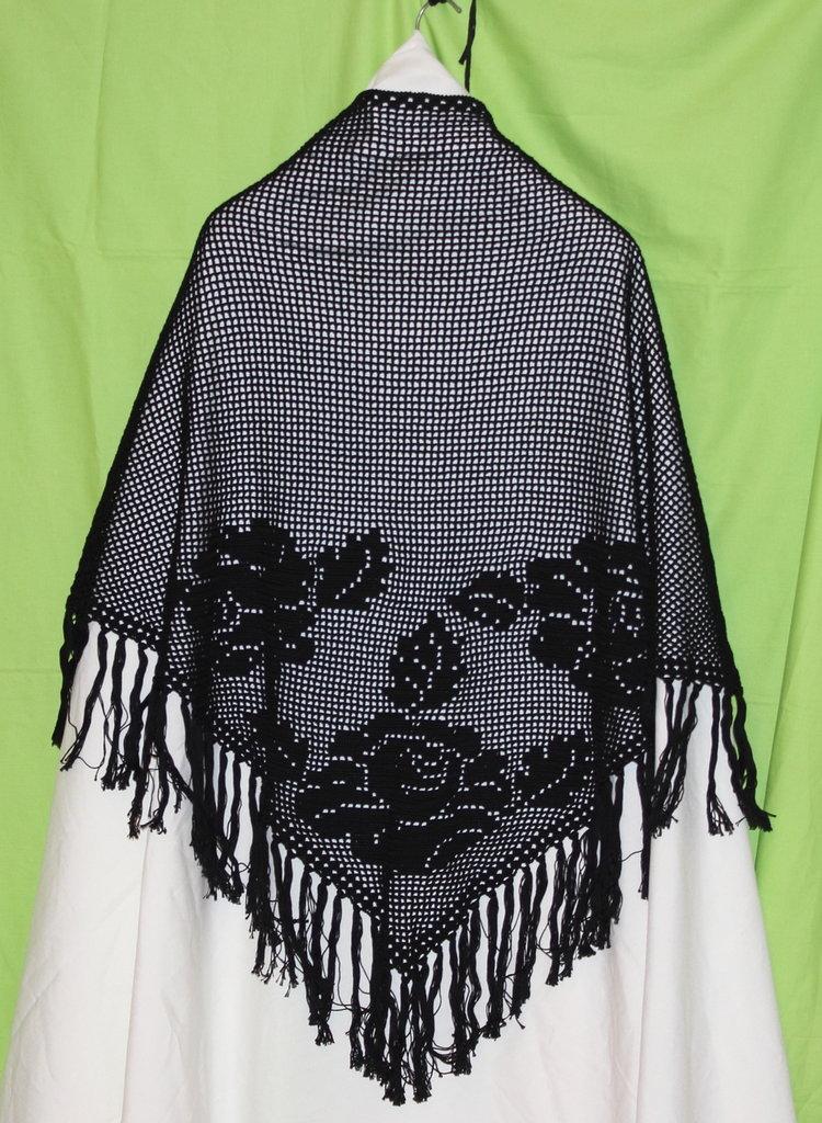 Scialle nero cotone lavorato a filet