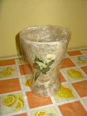 Vaso in decoupage di vetro