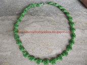 Parure verde con perline