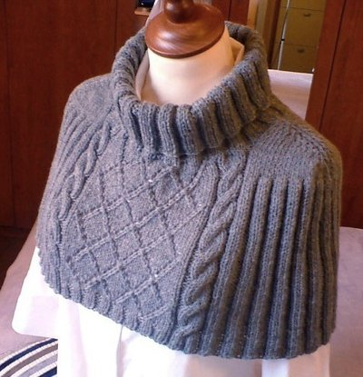 Capelet-Shrug-Neck-Back-Warmer-Light-Grey