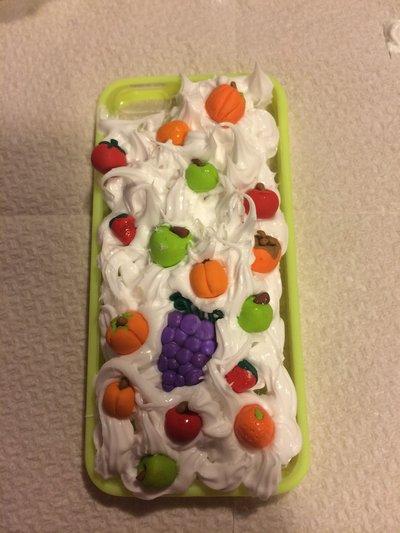 Cover per iPhone 5 5s in silicone e fimo, effetto frutta e panna