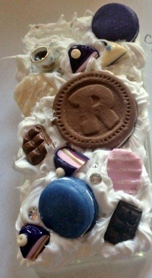 Cover per iPhone 5/5s in silicone e fimo, effetto ringo e macarons