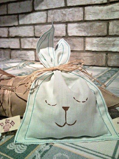 Sacchettino coniglietto di  stoffa porta  ovetti pasqua