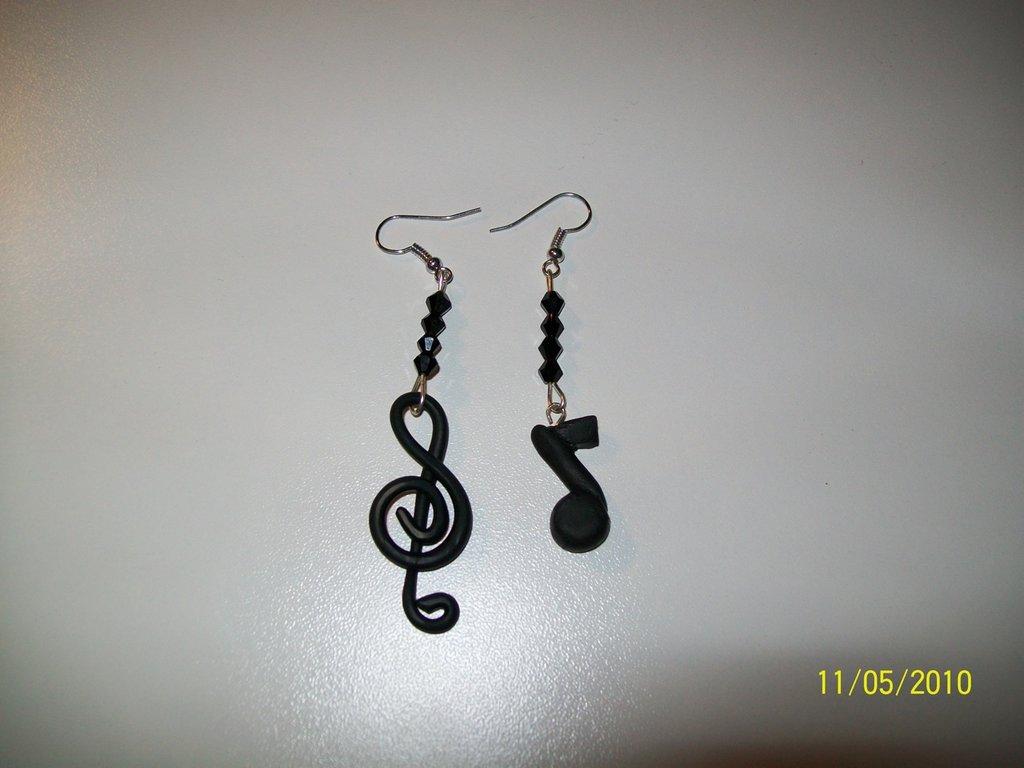 **orecchini musicali**
