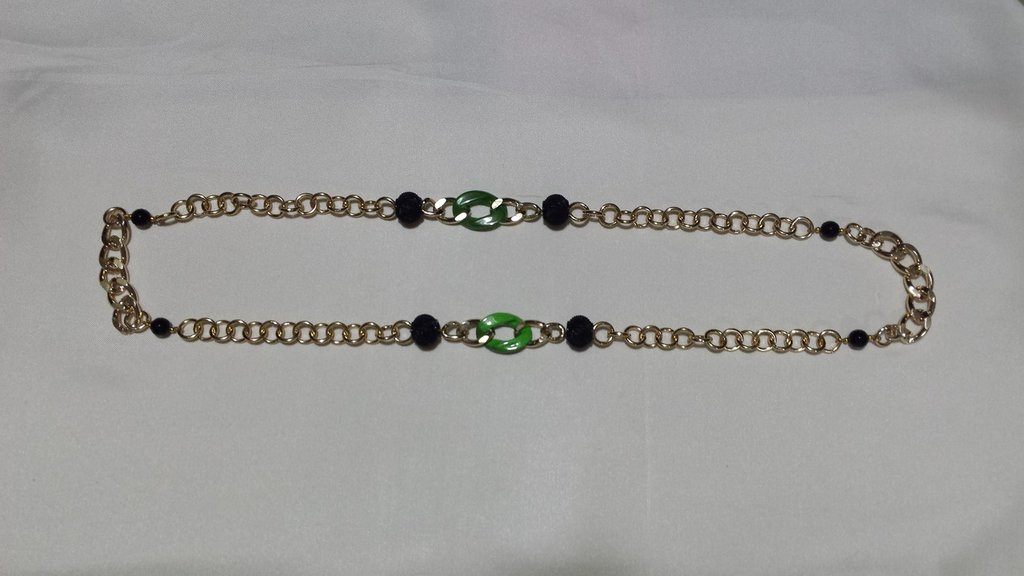 collana lunga  maglie dorate e verdi Green gold black