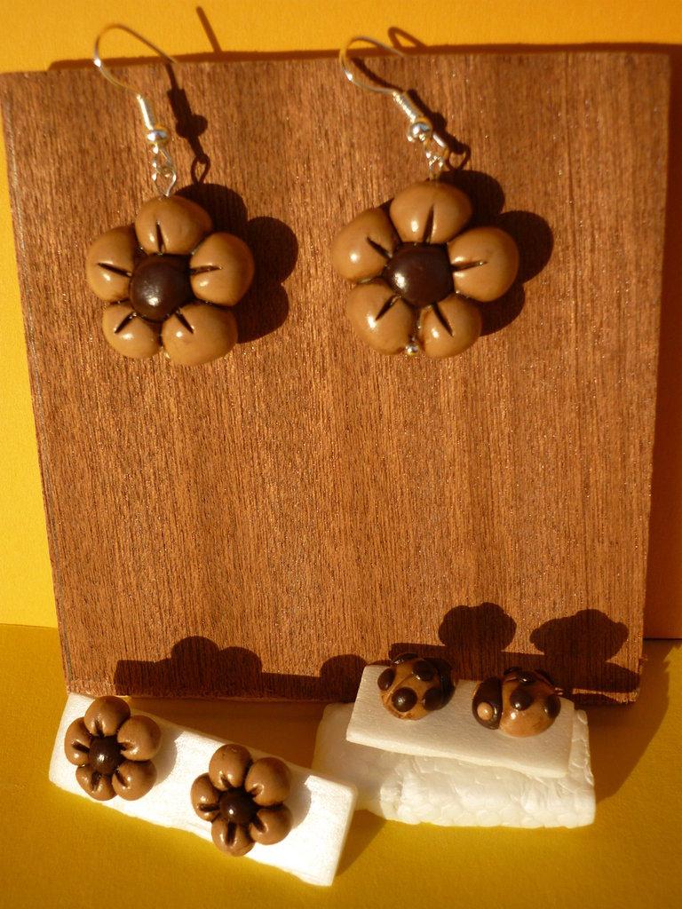 Orecchini a perno o pendenti... a forma di cuore, fiorellino e coccinelle...