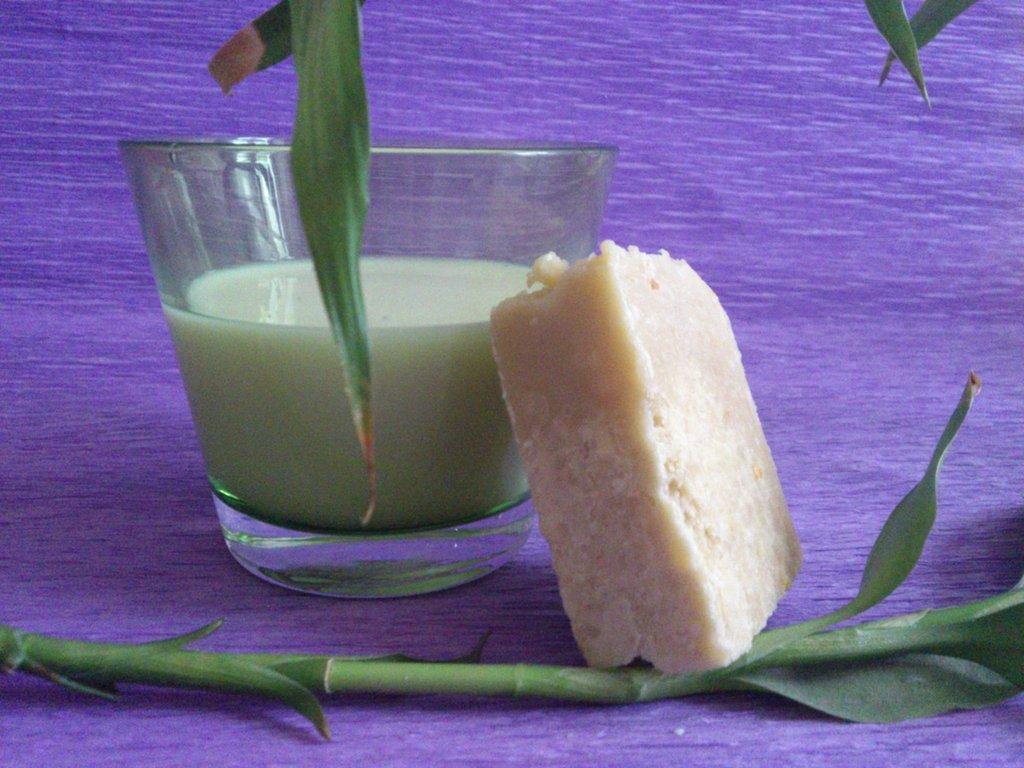 Sapone extra delicato al latte e amido di riso, ottimo per i bimbi e per pelli sensibili