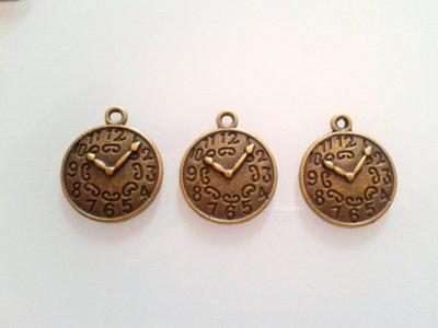 8 charms orologio bronzo