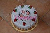 Copri torta rivestito e decorato con pannolenci - Panna e fragole
