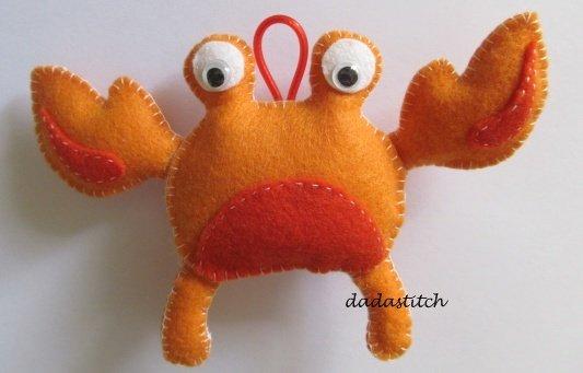 Animaletto in feltro porta asciugamano forma granchio