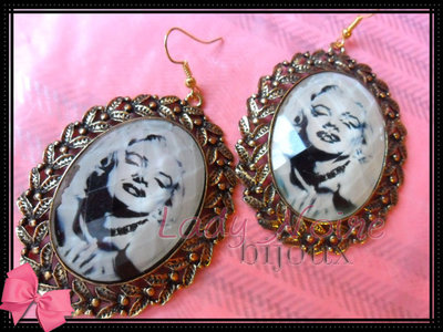 Orecchini pendenti Marilyn Monroe color oro (ANALLERGICI)