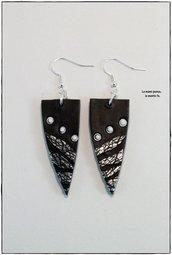 Orecchini pendenti neri e argento