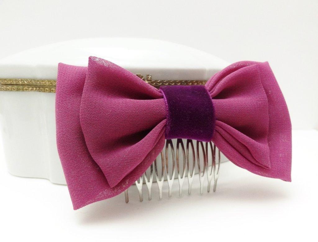 Fermaglio per capelli con fiocco in chiffon fucsia // pettinino elegante, cerimonia, primavera