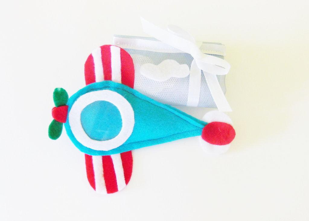 Cornici in feltro a forma di aeroplano per le bomboniere dei vostri bambini!