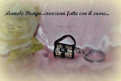 portachiavi borsetta maculata memole design