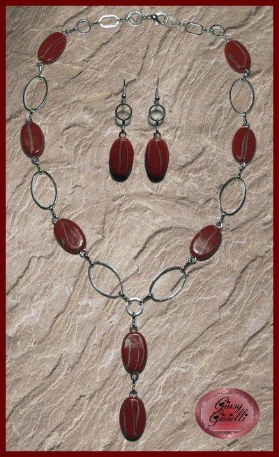 Parure collana e orecchini con perle ovali