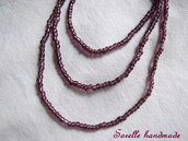 Collana di perle color bordeaux