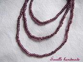 Collana di perle color bordeaux