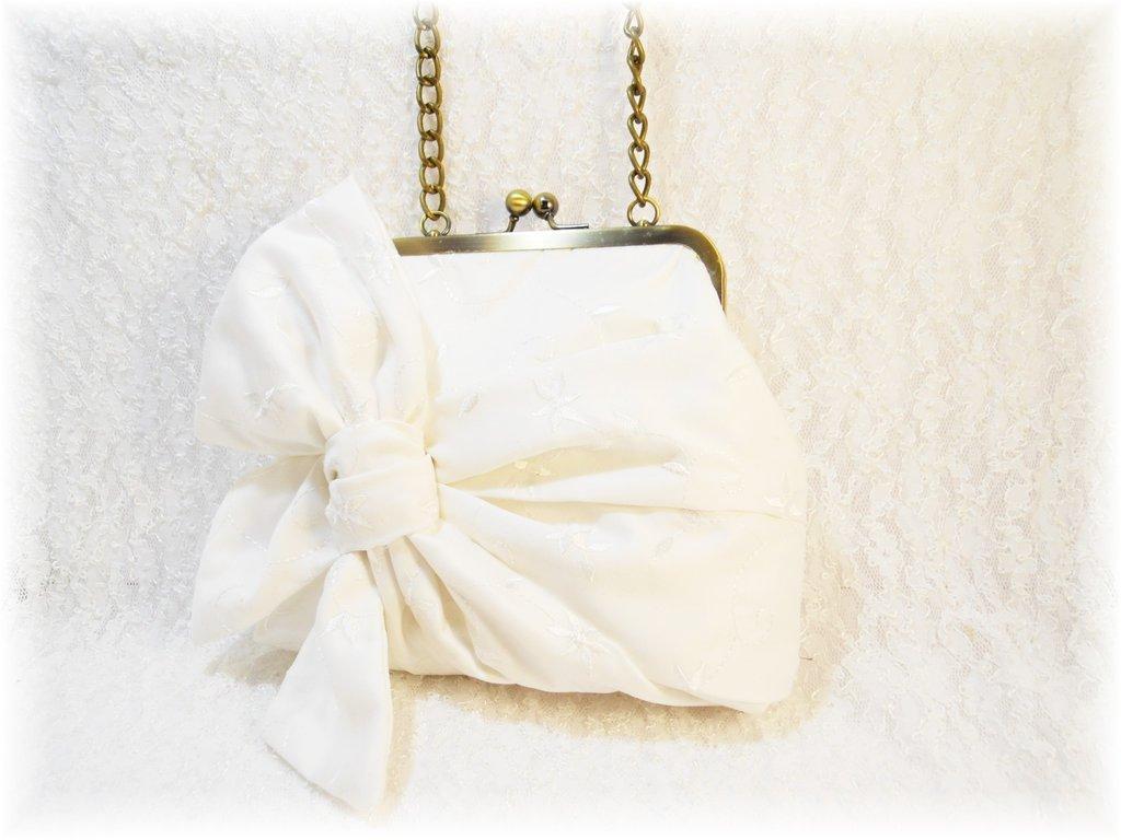 Mini sac pochette rétro pour un mariage romantique