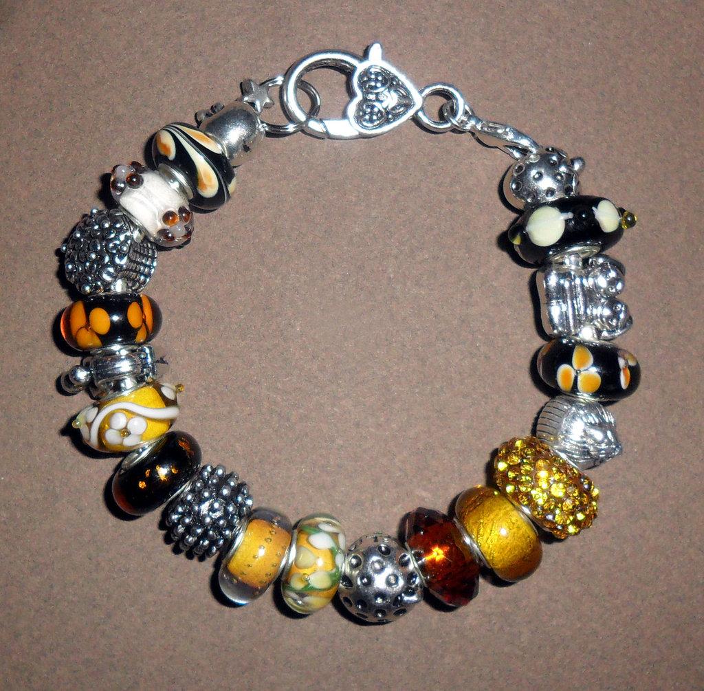 Bracciale con perle in vetro di Murano - Murrine tonalità Mimosa e beads argentati
