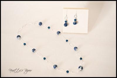 Collana perle blu con orecchini abbinati