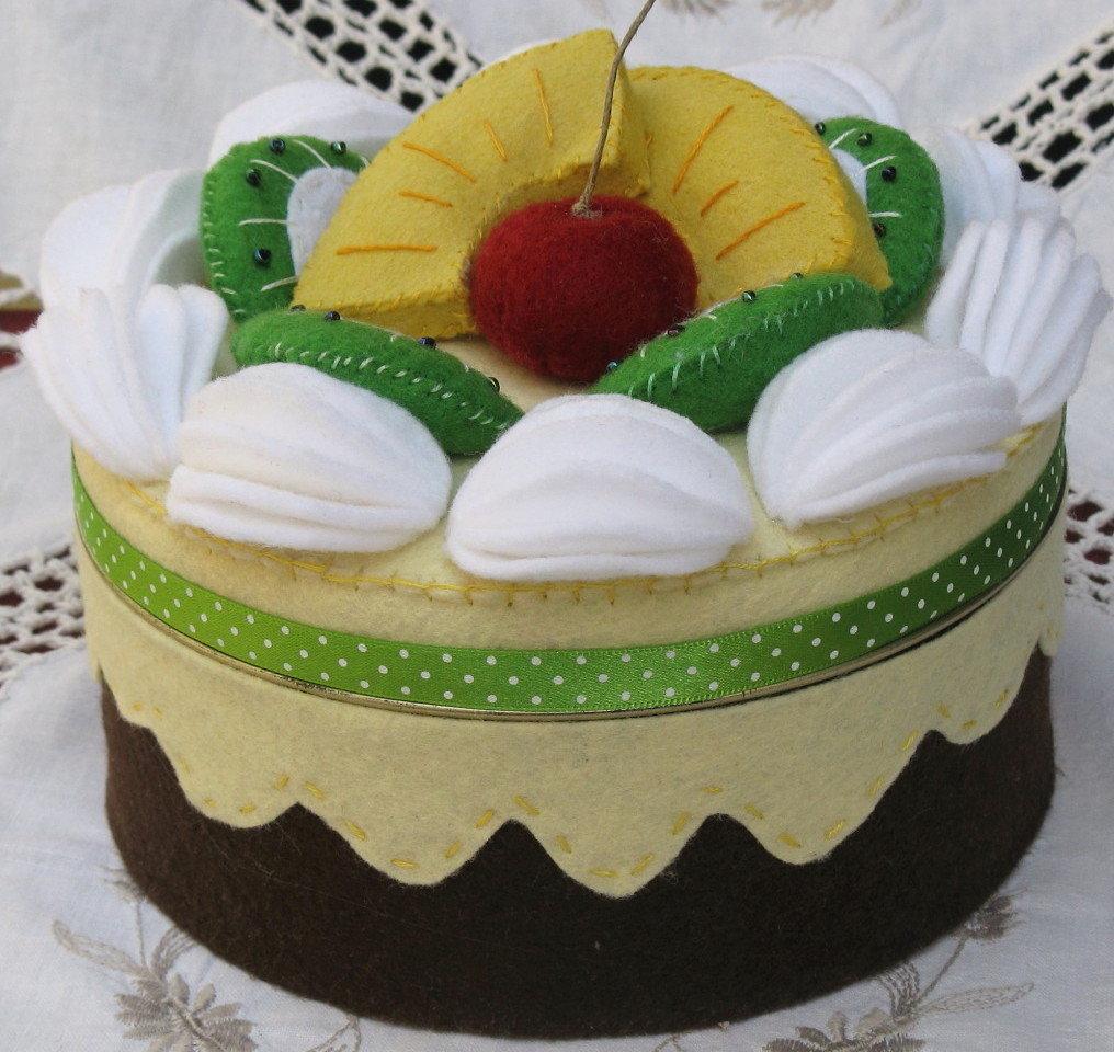 scatola torta con frutta di feltro