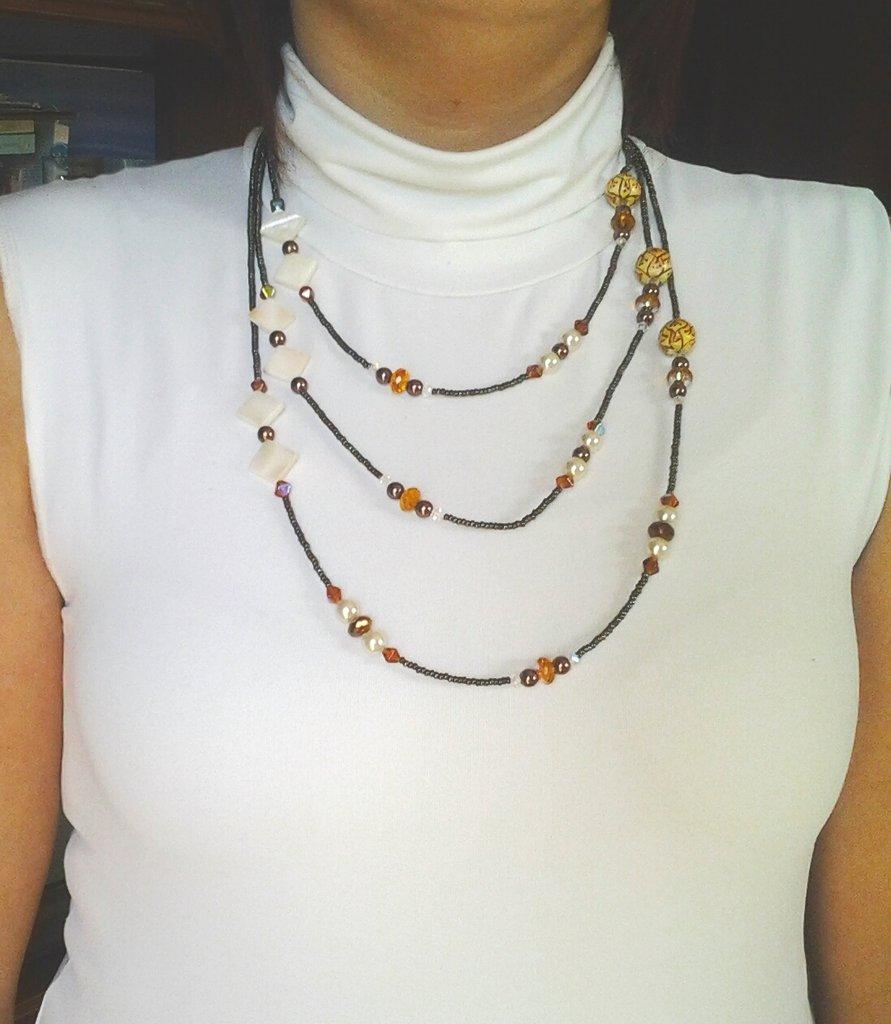 collana a 3 fili perline e ceramica